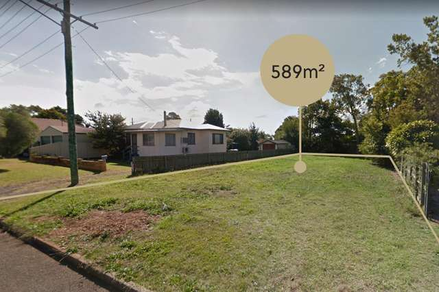 1 Lendrum Street, Newtown QLD 4350