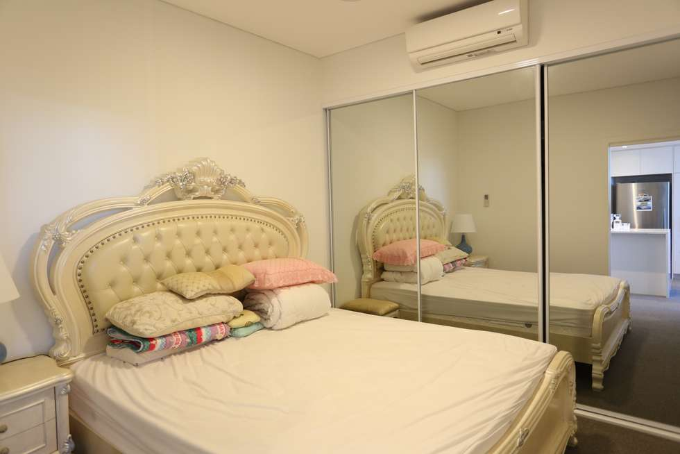 Fourth view of Homely apartment listing, E806/11 Wentworth Place, Wentworth Point NSW 2127