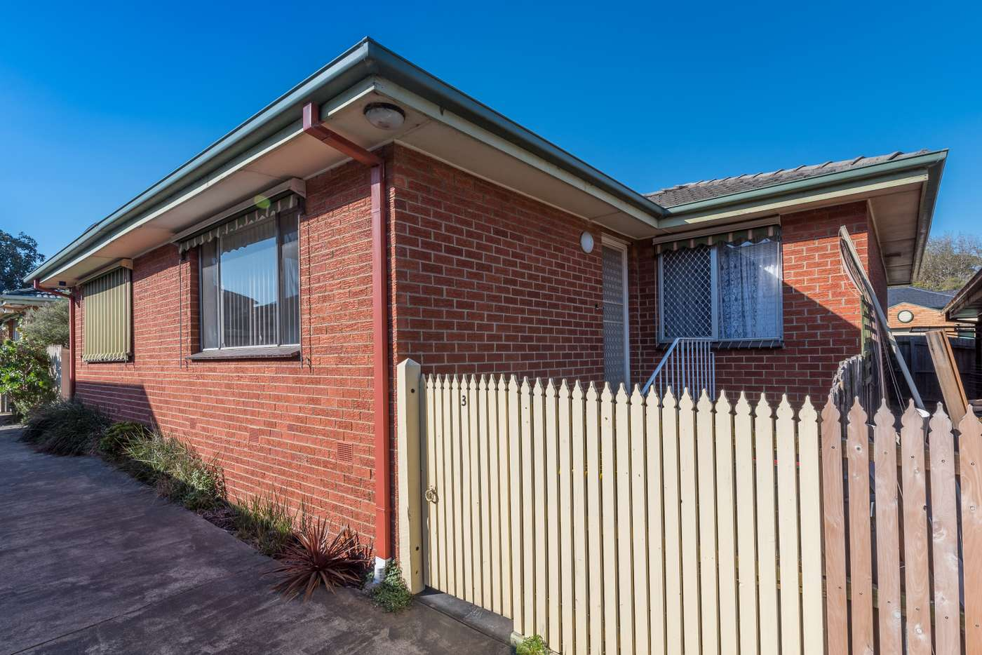 Main view of Homely unit listing, 3/11 State Street, Oakleigh East VIC 3166