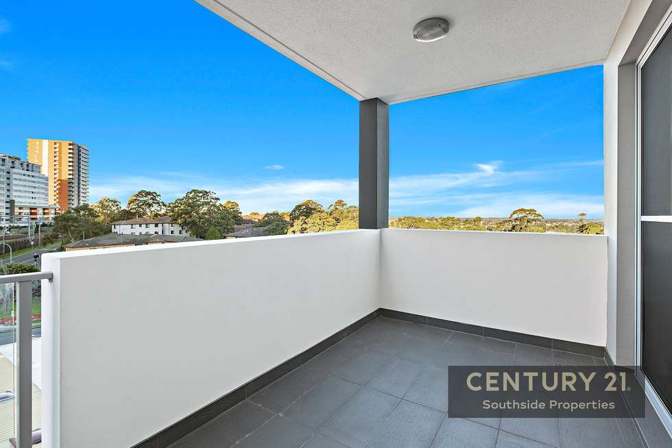 Third view of Homely apartment listing, 17/4 St Georges Parade, Hurstville NSW 2220