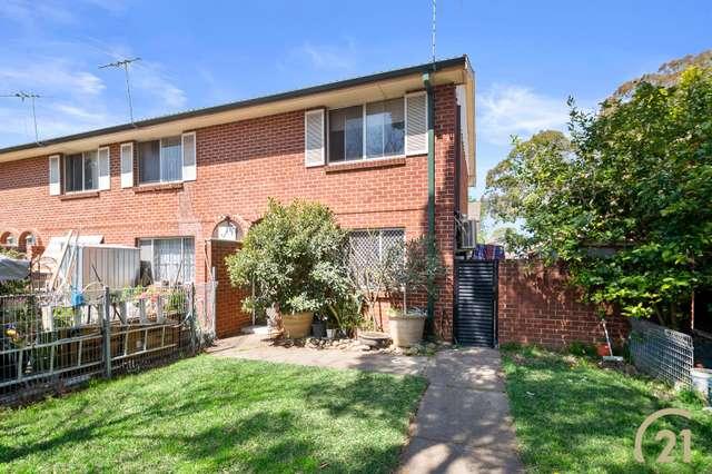 5/112 Wattle Ave, Carramar NSW 2163