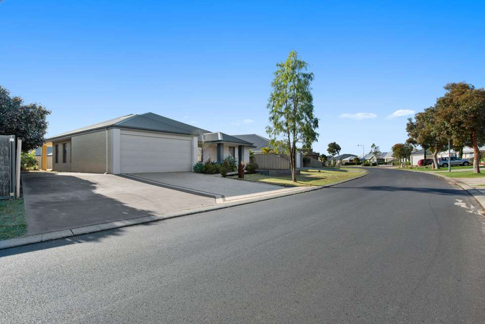 Second view of Homely house listing, 3 Apsley Circle, Millbridge WA 6232