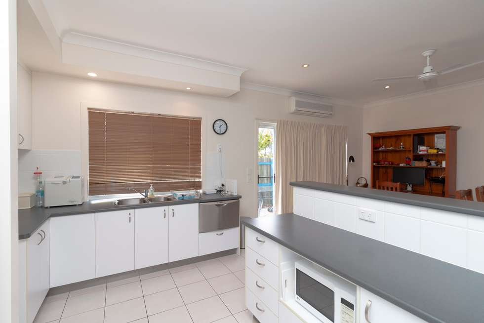 Fifth view of Homely townhouse listing, 2/31 STEPHENSON STREET, Pialba QLD 4655