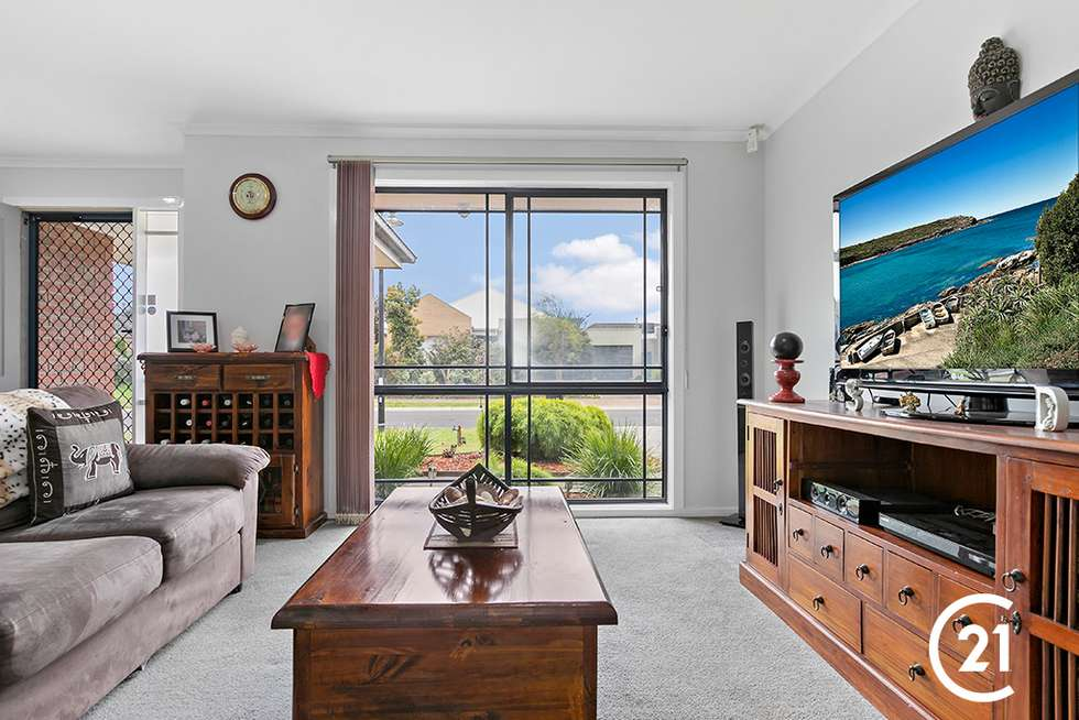 Second view of Homely house listing, 25 Stringy Bark Circuit, Pakenham VIC 3810
