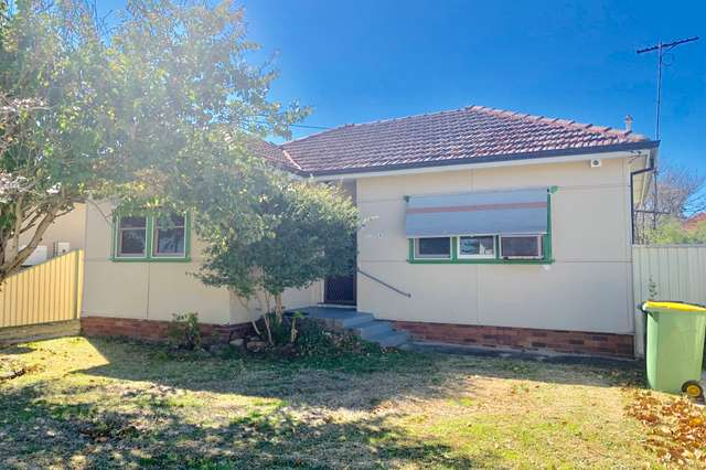 8 Tomki Street, Carramar NSW 2163