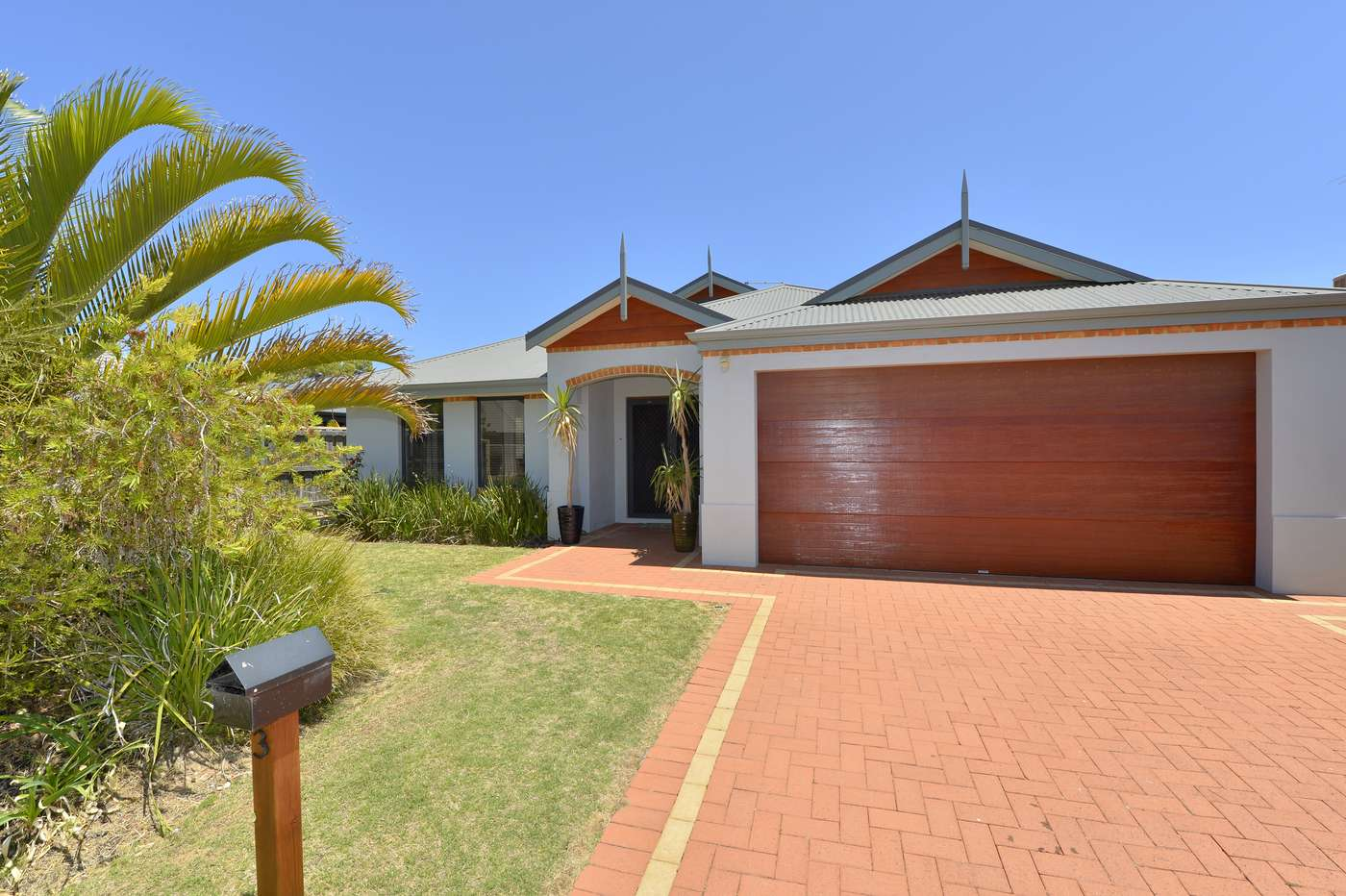 Main view of Homely house listing, 3 Honeymyrtle Grange, Halls Head, WA 6210