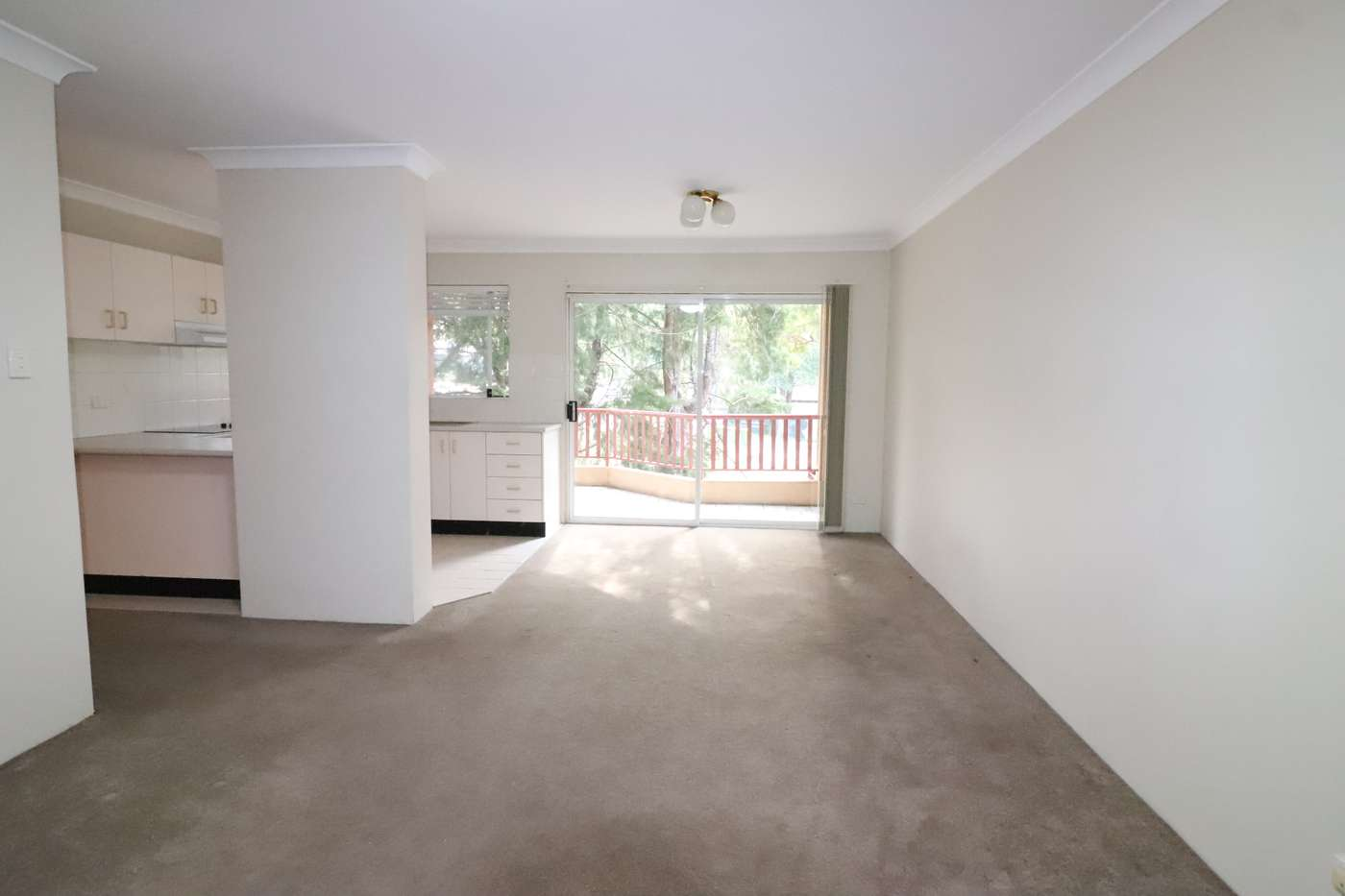 Main view of Homely unit listing, 8/60 Glencoe St, Sutherland, NSW 2232