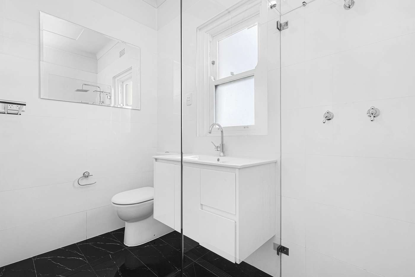 Fifth view of Homely apartment listing, 5/10A Yeo Street, Neutral Bay NSW 2089