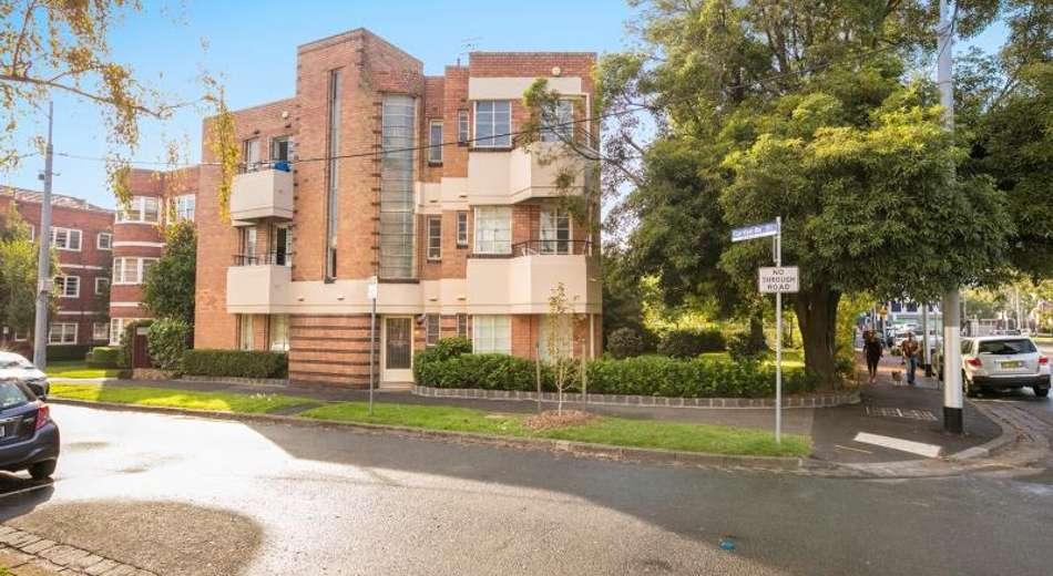 10/2-4 Garden Avenue, East Melbourne VIC 3002