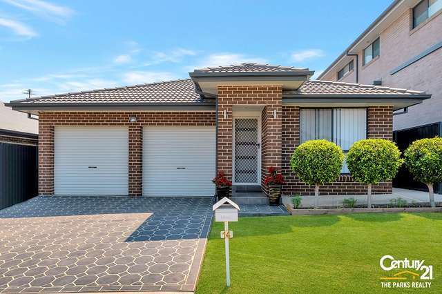 14 Little John Street, Middleton Grange NSW 2171