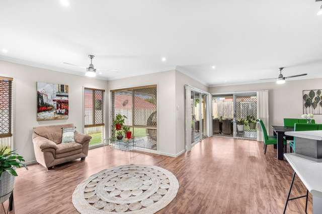 25 Springall Place, Wakerley QLD 4154