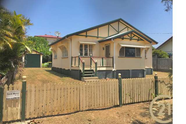 11 Hobbs Street, Scarborough QLD 4020