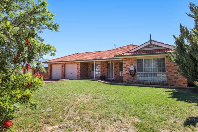 17 Sheldon Crescent, Orange NSW 2800
