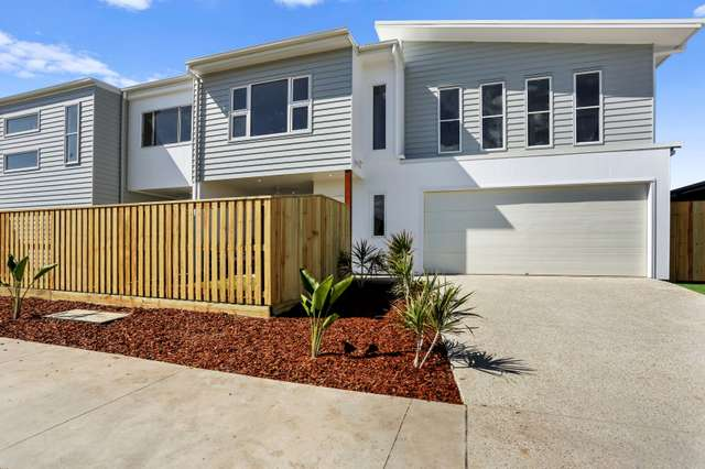 1 and 2/28 Sunray Avenue, Palmview QLD 4553
