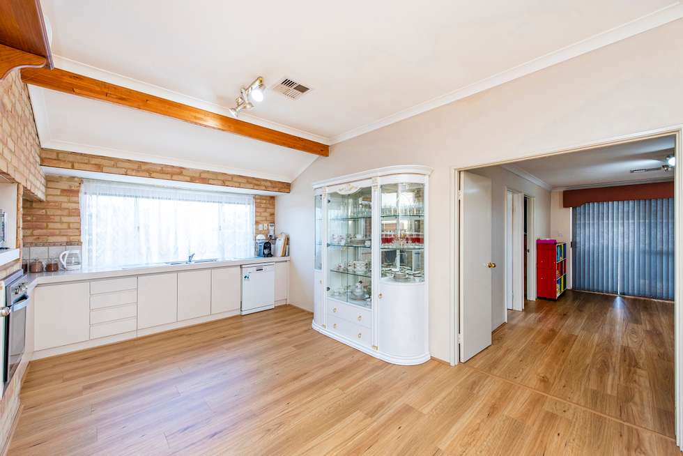 Fifth view of Homely house listing, 5 Silky Vale, Halls Head WA 6210