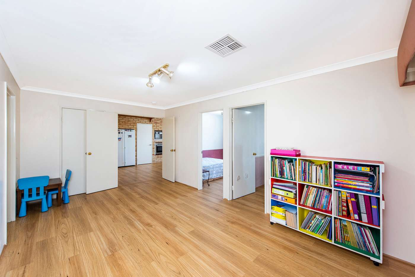 Seventh view of Homely house listing, 5 Silky Vale, Halls Head WA 6210