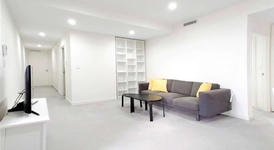 304/8 Waterview Drive