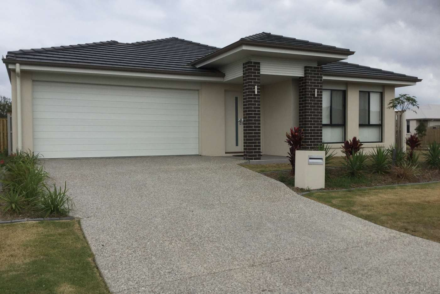 Main view of Homely house listing, 33 Emerald Drive, Helensvale QLD 4212
