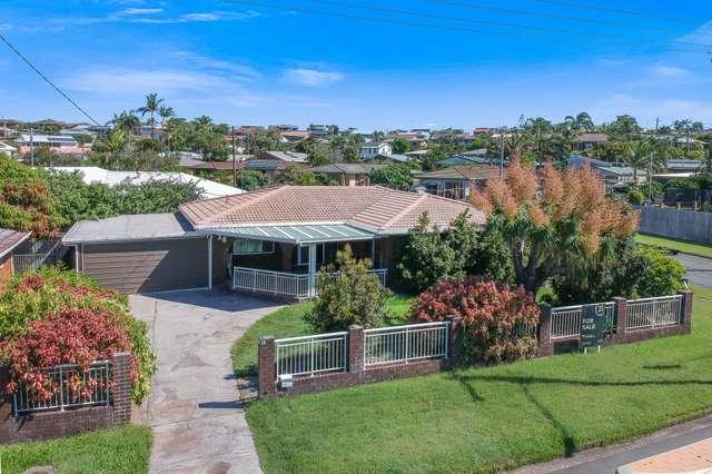 28 Browning Boulevard, Battery Hill QLD 4551