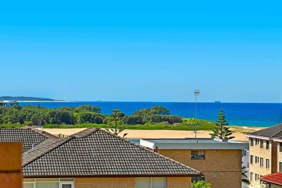 Second view of Homely unit listing, 11/17 Ocean Pde, The Entrance NSW 2261