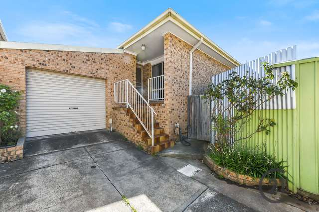 2/10 Liege Avenue, Noble Park VIC 3174