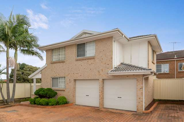 2/10 Esk Ave, Green Valley NSW 2168