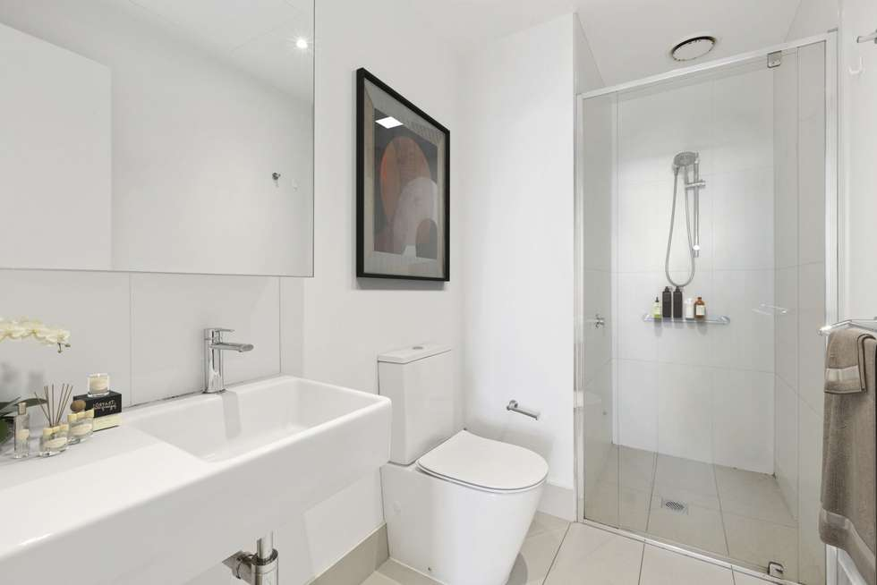 Fourth view of Homely apartment listing, 2807/250 City Road, Southbank VIC 3006