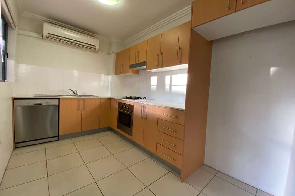 Third view of Homely apartment listing, 23/18-22 Gray Street, Sutherland NSW 2232