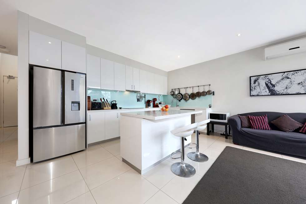 Third view of Homely apartment listing, 4/5-7 Clarence Street, Bentleigh East VIC 3165