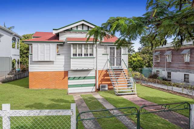 20 Tingal Road, Wynnum QLD 4178
