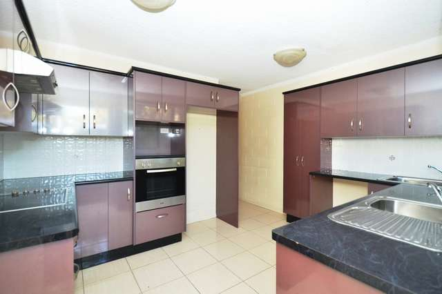 2/10 Boyes Court, Heatley QLD 4814