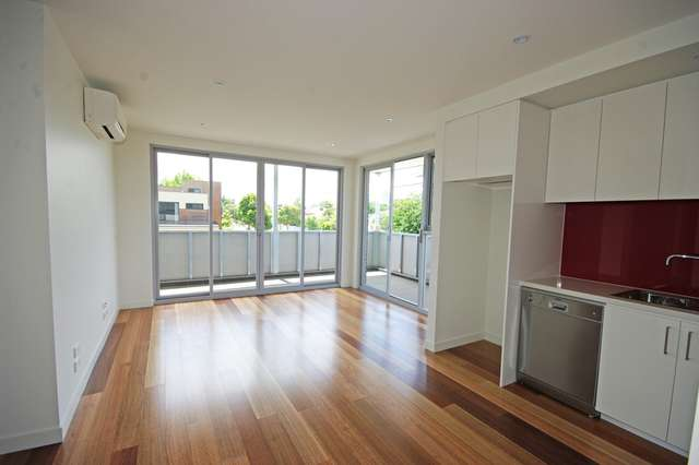111/1 Mackie Road, Bentleigh East VIC 3165