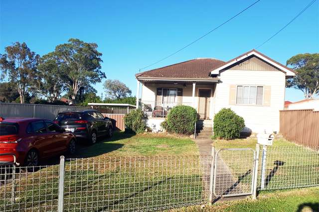 14 Lang Rd, Casula NSW 2170