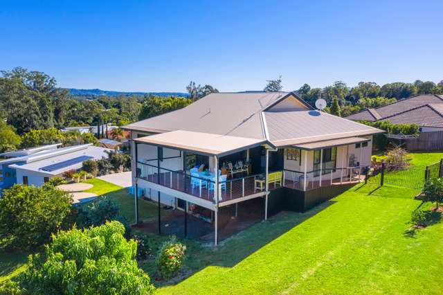 14 Bourne Crescent, Woombye QLD 4559