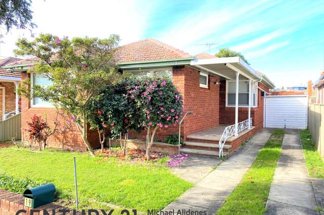 19 Frederick Avenue, Beverly Hills NSW 2209