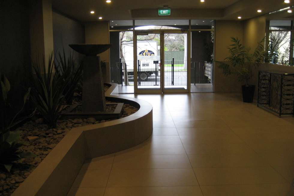 Third view of Homely apartment listing, 4/2 Macarthur Road, Parkville VIC 3052