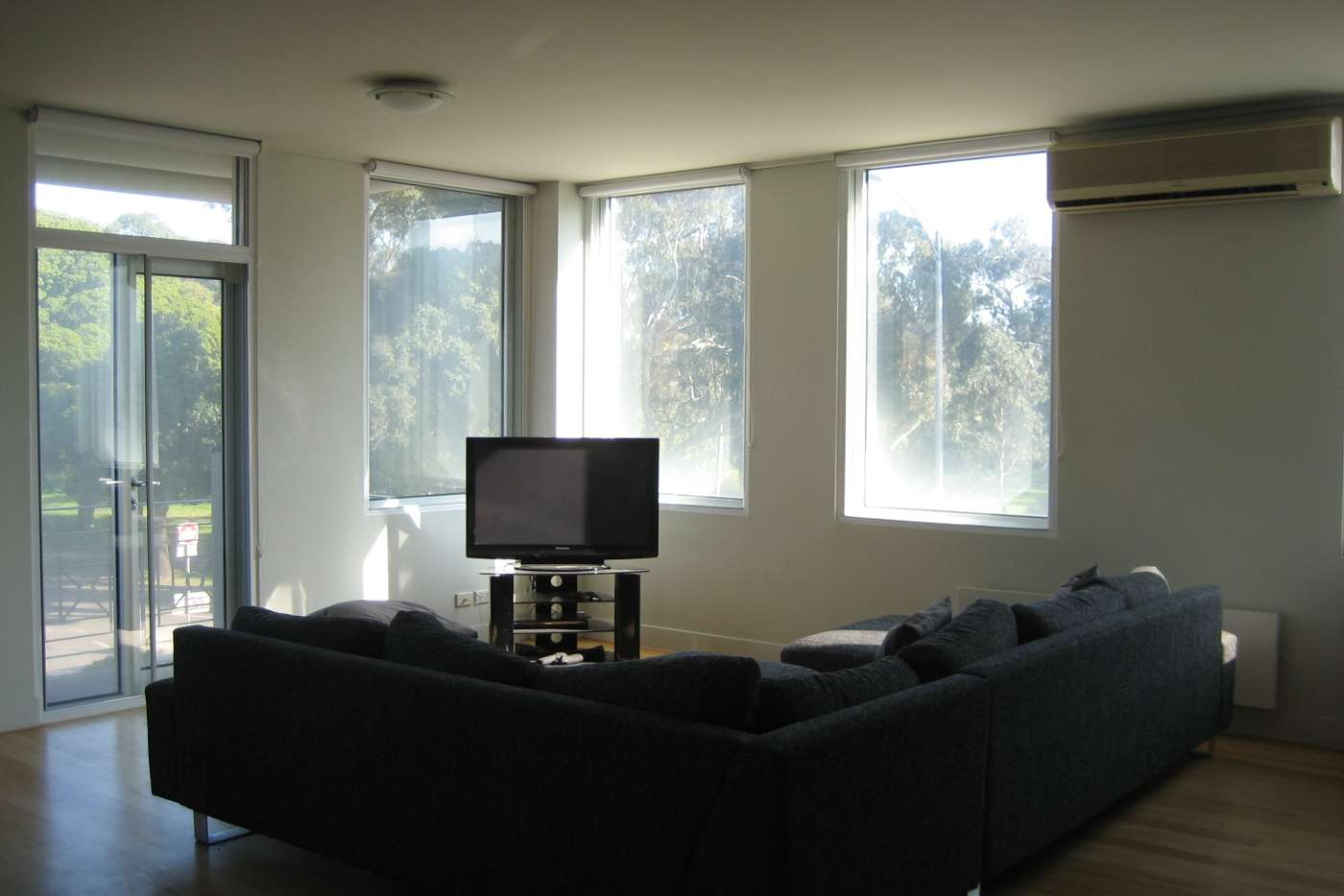 Seventh view of Homely apartment listing, 4/2 Macarthur Road, Parkville VIC 3052