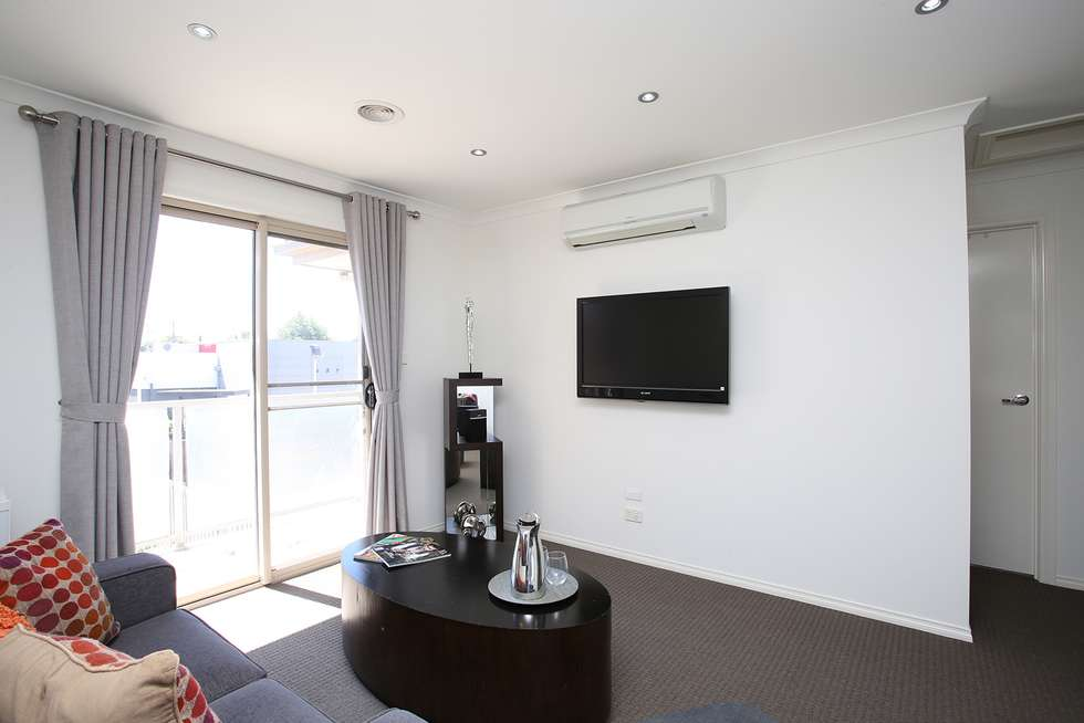 Fifth view of Homely apartment listing, 2/24 Dunlop Avenue, Ormond VIC 3204