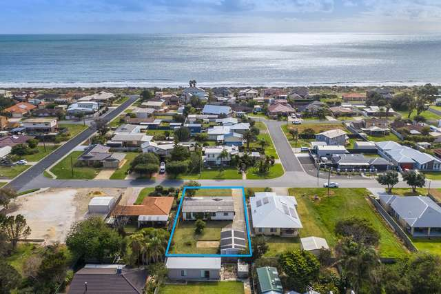5 Clytie Road, Silver Sands WA 6210