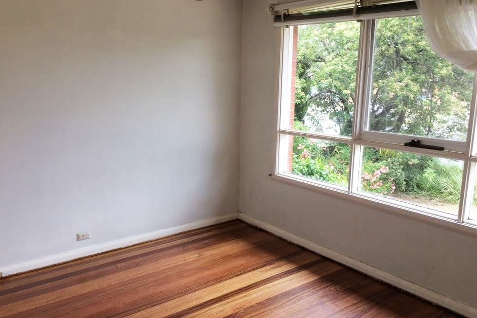 Fourth view of Homely house listing, 3 Como Court, Springvale VIC 3171