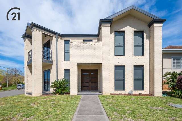 15 Hall Crescent, Padstow NSW 2211