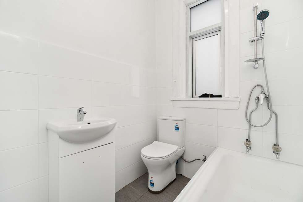 Fifth view of Homely apartment listing, 4/27 Fletcher Street, Tamarama NSW 2026