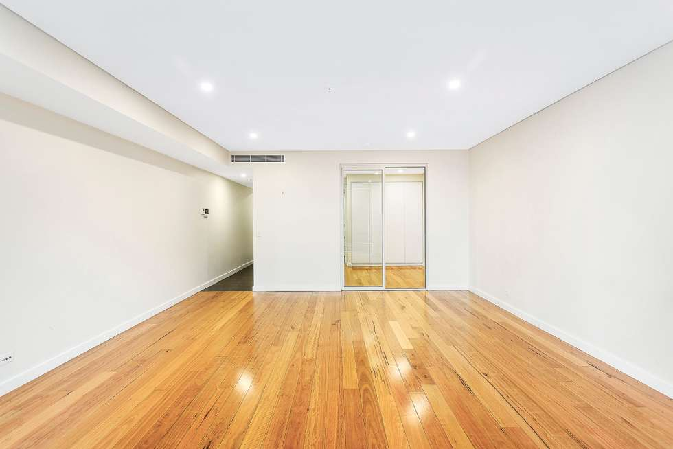 Fourth view of Homely apartment listing, 302/5 Atchison St, St Leonards NSW 2065