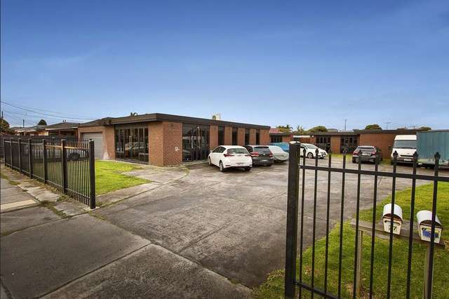 77-79 Kingsclere st, Keysborough VIC 3173