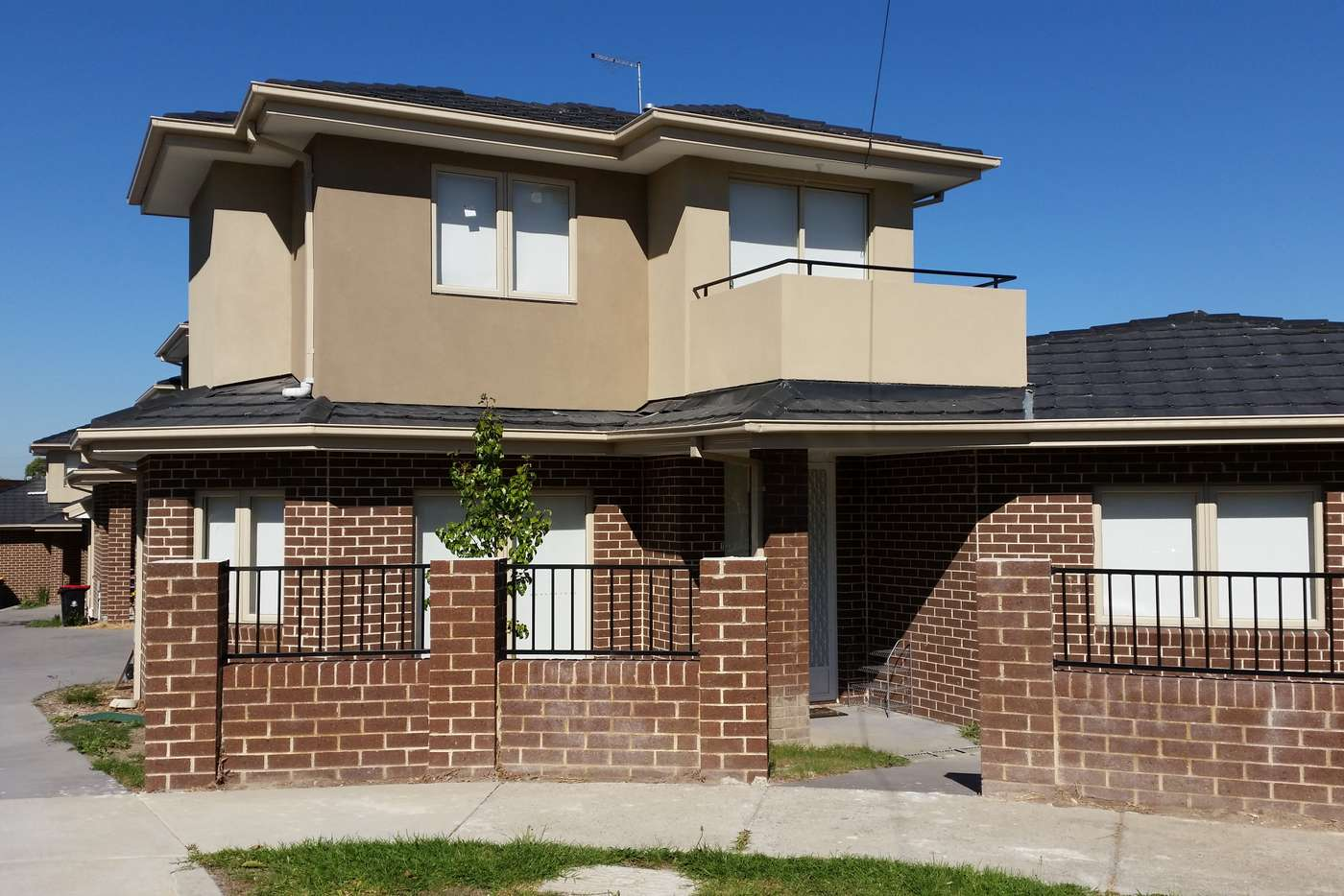 Main view of Homely townhouse listing, 1/5 Eden Court, Noble Park VIC 3174