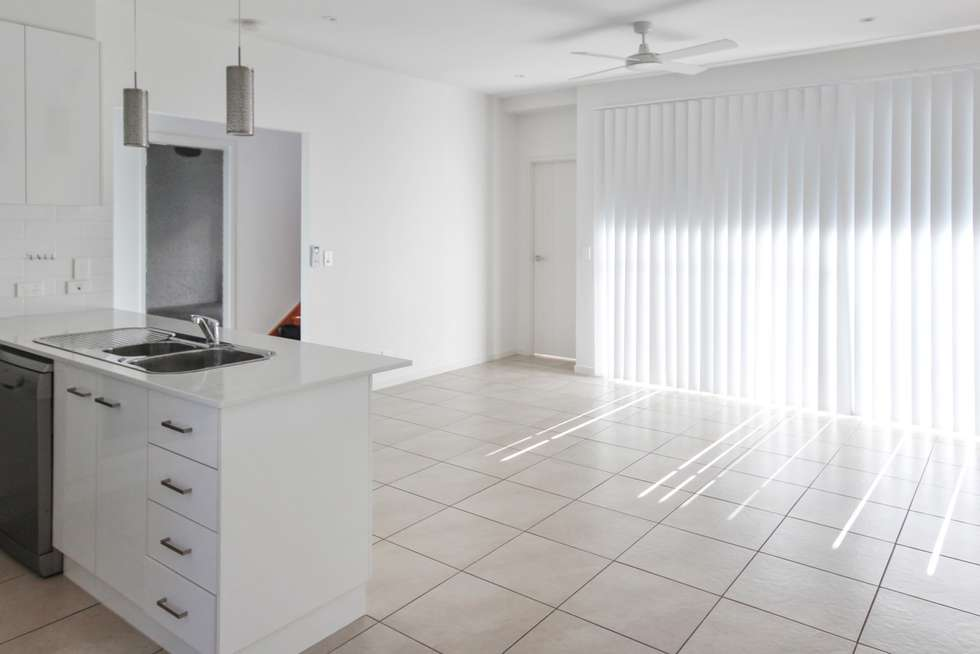 Second view of Homely townhouse listing, 3/129 Duporth Avenue, Maroochydore QLD 4558