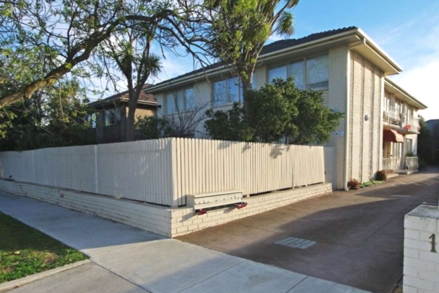 Main view of Homely apartment listing, 2/11 Whitmuir Road, Bentleigh VIC 3204