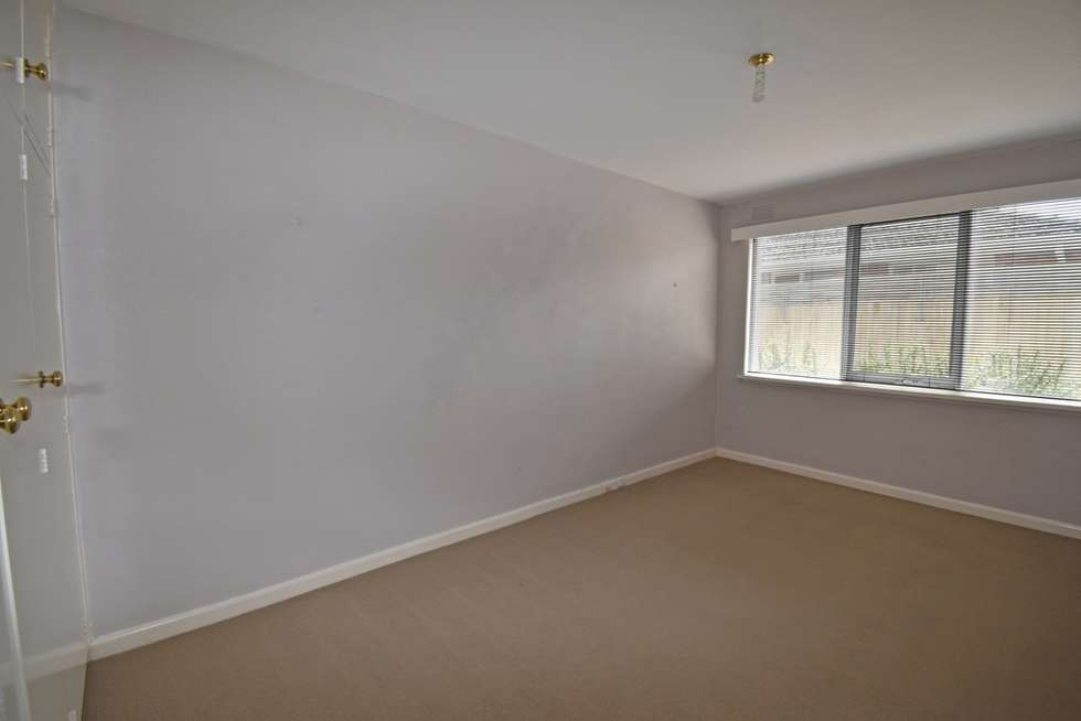 Fifth view of Homely apartment listing, 2/11 Whitmuir Road, Bentleigh VIC 3204