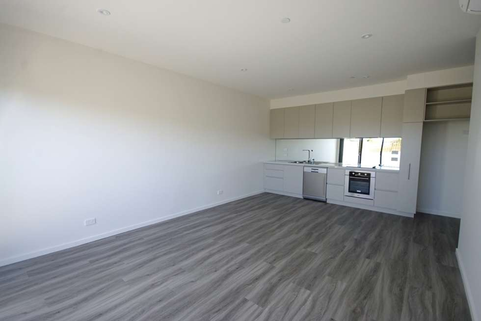 Third view of Homely apartment listing, 2/477 South Road, Bentleigh VIC 3204