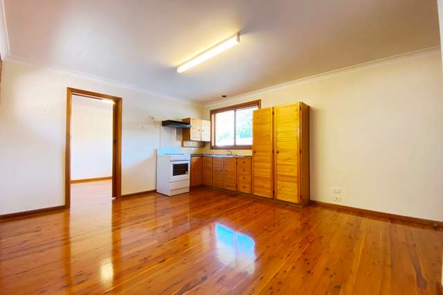 1A Fisher Crescent, Pendle Hill NSW 2145